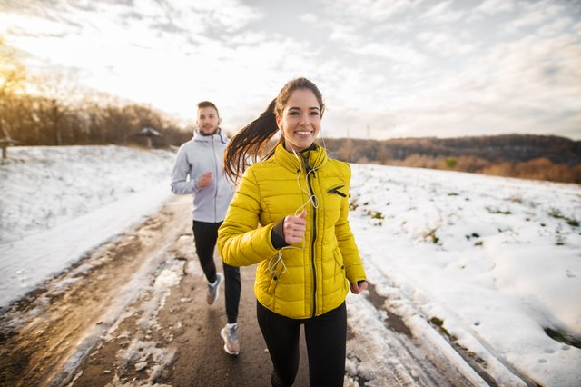 The best outer layers for female runners, to ensure you can keep running in cold weather conditions