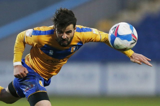 Stephen McLaughlin in action for Mansfield.