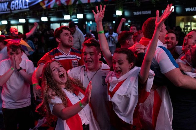 England fans elebrating their Euro 2020 semi-final win over Denmark (Photo by Dan Kitwood/Getty Images)