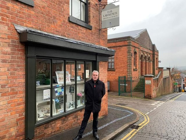 MP Lee Anderson by the birthplace of DH Lawrence at Eastwood