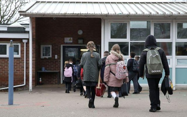 Fewer Nottinghamshire pupils have been offered a place at their secondary school of choice, figures reveal.